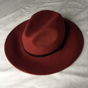 Forever 21 small brim rust fedora size sm/med